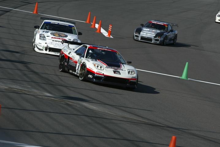 ST3は5ZIGEN NSXが第1レース優勝