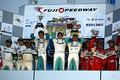 st_r02_podium_st1