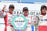 f3_r06_r-podiumn