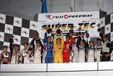 st_r04_r-st5_podium