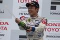 f3_r09_r-podium_koizumi