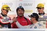 gt-r8-r-podium-team-300
