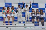 scr_r09_r-podium_c3