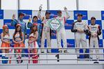 scr_r10_r-podium_c1
