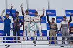 scr_r10_r-podium_c2