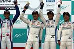 st-r5-r-st1-podium