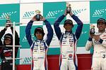 st-r5-r-st2-podium