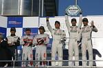 st_r04_r-podium_st1