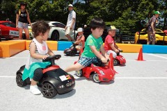 2歳から3歳のお子様が楽しむキックカー