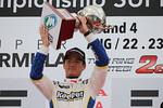 f3-rd15-r-podium-ogawa