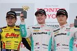 f3-rd2-r-podium