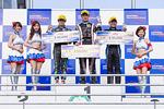 f4w-rd4-r-podium2