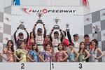scr-rd7-podium-c1