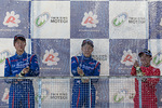 sfjm-rd6-r-podium-s-fight