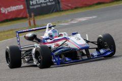 総合10位の三浦愛(EXEDY B-Max Racing F312)