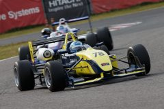Nクラス総合トップの片山義章(Petit Lemans Racing F306)