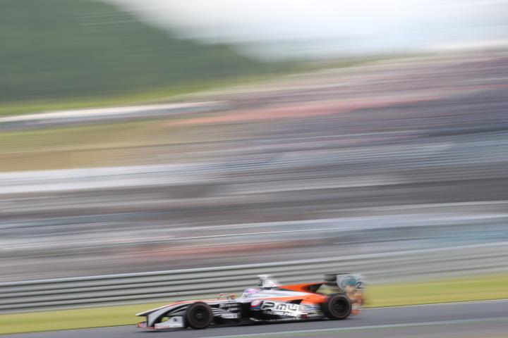 決勝レース: 国本雄資(P.MU/CERUMO・INGING SF14)