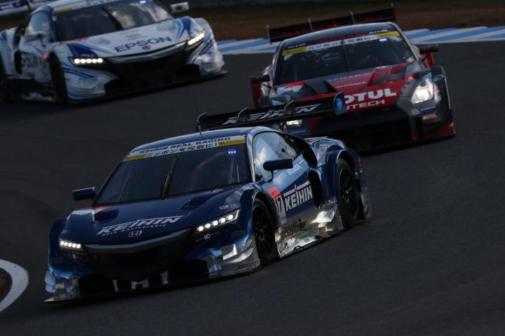 決勝レース: 小暮卓史(KEIHIN NSX CONCEPT-GT)