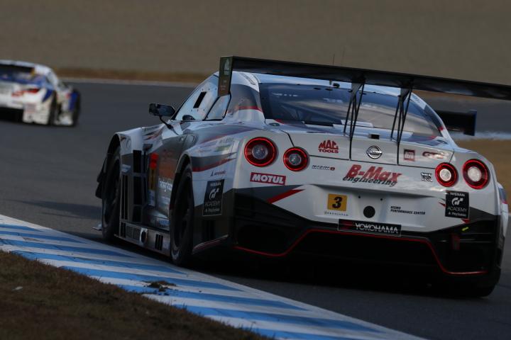 決勝レース: B-MAX NDDP GT-R