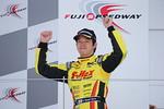f3-rd4-r-podium-sasaki
