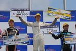 f4w-rd5-r-podium
