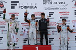sf-r07-r1-podium