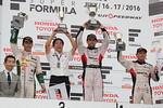 sf-rd3-r-podium