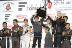 sf-rd7-r2-podium-team-champion