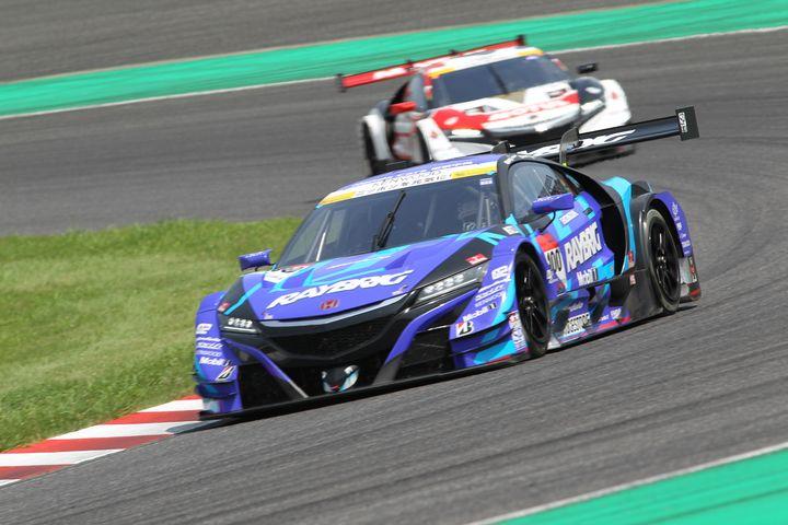 GT500クラス決勝3位は山本尚貴/伊沢拓也組(RAYBRIG NSX-GT)