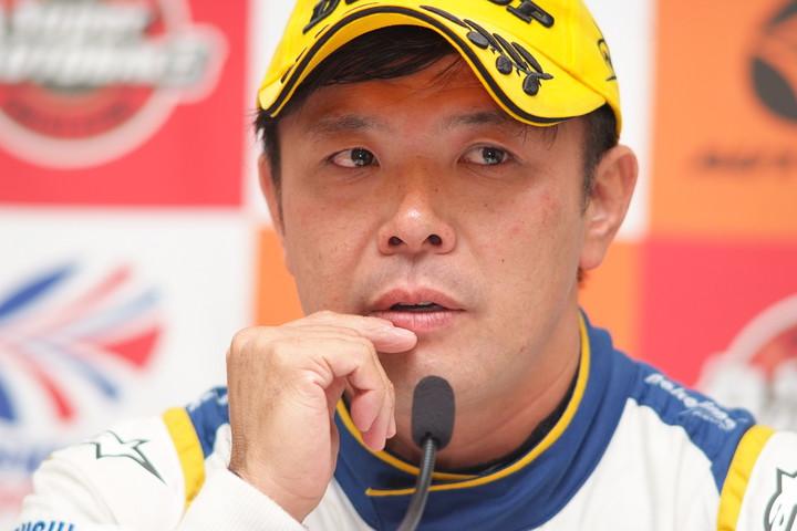 決勝記者会見: GT500クラスで優勝した松浦孝亮(NAKAJIMA RACING)