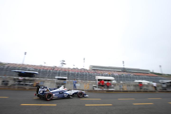 フリー走行: ナレイン・カーティケヤン(TCS NAKAJIMA RACING SF14)