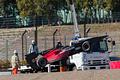 エンジンメーカー・ルーキーテスト1日目: ダンロップコーナーでストップしたリオ・ハリアントのマシン