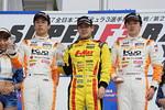 f3-rd1-r-podium