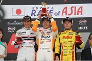 f3-rd11-r-podium