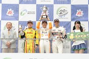 f3-rd15-r-podium-1