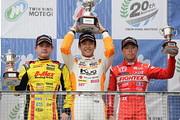 f3-rd16-r-podium