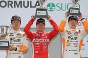 f3-rd20-r-podium