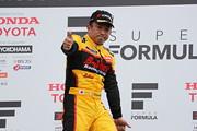 f3-rd8-r-podium-wineer-n