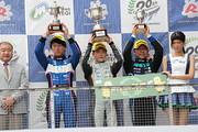 f4-rd5-r-podium