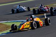 決勝2位は澤田真治(B-MAX RACING F110)