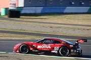 GT500クラスポールポジションの松田次生/ロニー・クインタレッリ組(MOTUL AUTECH GT-R)