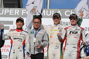 sf-rd2-r1-podium
