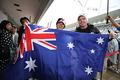 ピットウォーク: オーストラリア国旗を掲げるニック・キャシディ(ニュージーランド出身)
