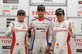 レース2予選フォトセッション: トップ3のドライバー