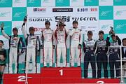 st-rd3-r-podium-st4