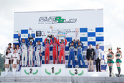 st-rd4-r-podium-st2