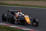 第1戦予選2位、第2戦ポールポジションの坪井翔(カローラ中京Kuo TOM'S F317)