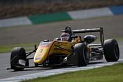 決勝3位は金丸悠(B-MAX RACING F3)