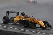 決勝2位は金丸悠(B-MAX RACING F3)
