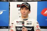 決勝記者会見: 2位の笹原右京(ThreeBond Racing)